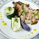 Plat : L'Aoutée  - Cotes de porc à la sauge et ses courgettes façi -   © 3