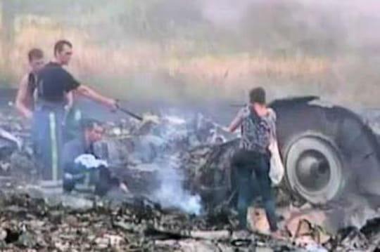 """Crash de l'avion enUkraine: """"Merde, c'est presque sûr que c'était un avion civil"""""""