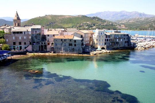 Le cap Corse, percée sauvage en Méditerranée