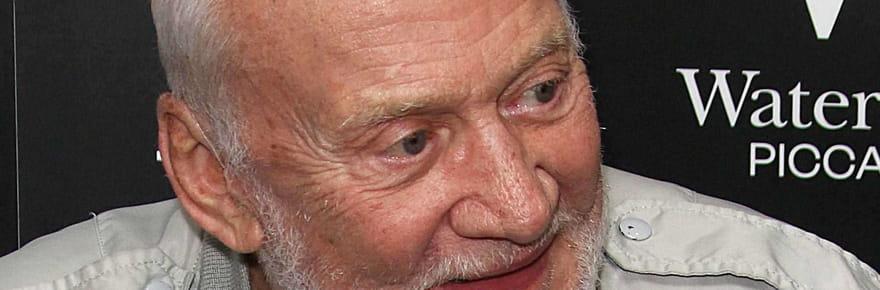 Buzz Aldrin retrouve la note de frais... De son voyage sur la Lune!