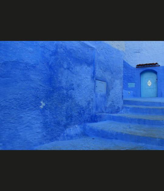 Dans les ruelles bleues de Chefchaouen