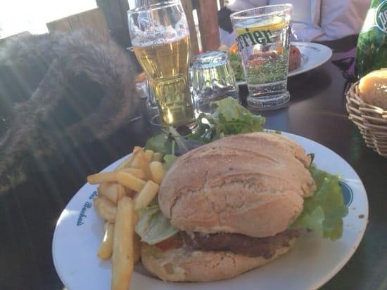 Plat : Le Chalet des Bachais  - Burger savoyard -