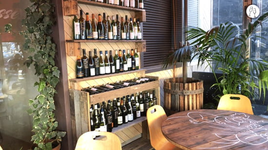 Boisson : Les 2 Terrasses  - Le bar à vins -   © Les 2 Terrasses
