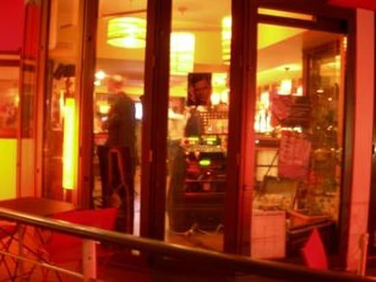 Le Bout du Monde  - Soirée Piano bar et Crooner -   © PH
