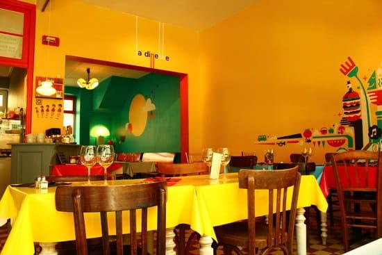 La Dinette  - Salle jaune -   © La Dinette