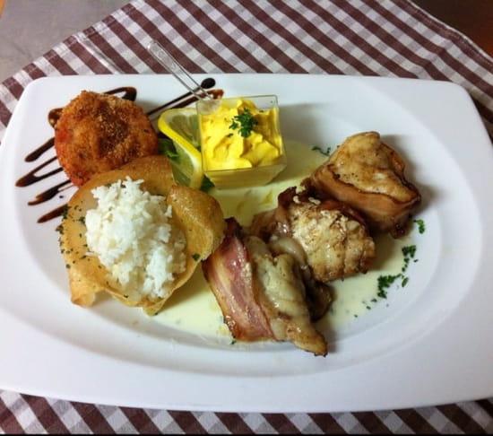 Plat : Les Fins Gourmets  - Tournedos de lotte rôti au lard -