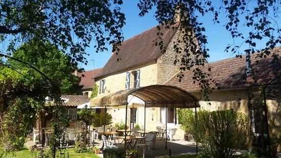 La Source  - Terrasse te jardin du restaurant -   © Isabelle Dufour
