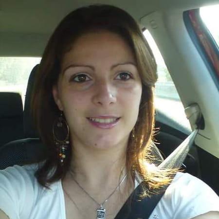 Stephanie Dubourg