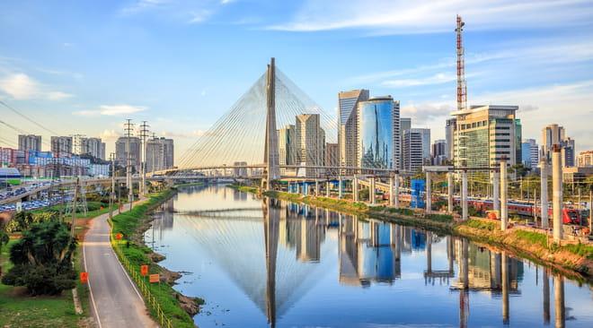 São Paulo: lieux à visiter, bons plans, quartiers, plages, météo, Covid, le guide