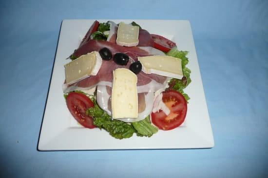 Crêperie Bleu de Toi  - Salade des alpages -   © sg