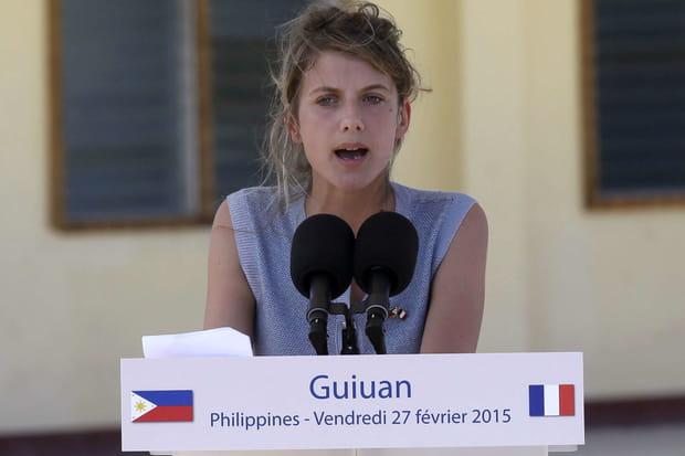 Mélanie Laurent avec François Hollande aux Philippines
