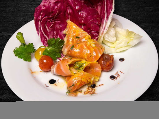 Entrée : Le Tir Bouchon Montorgueil  - saumon gravlax du chef fait maison -   © Copyright*