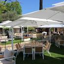 Restaurant : Le Mas des Géraniums  - Espace jardi -   © MG
