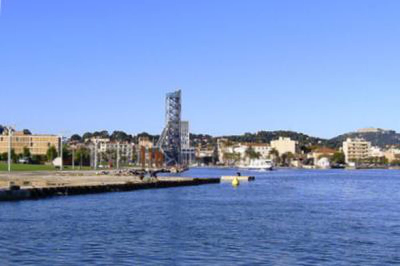 A La Seyne-sur-Mer, lecandidat FN devancé (Municipales 2014)