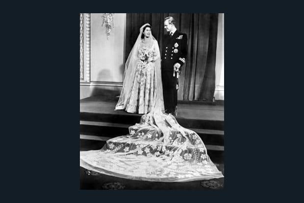 La future Elizabeth II épouse Philippe
