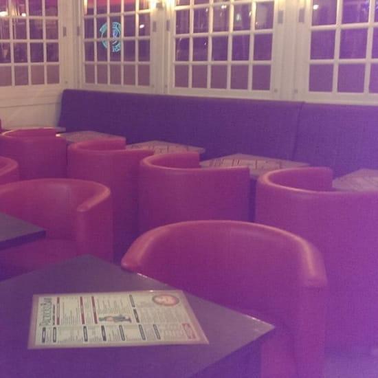 Restaurant : Patrick's Bar  - Le petit salon... -