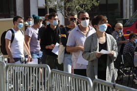 Symptômes du Covid-19: mal de gorge, perte de l'odorat... Que faire et comment détecter le Covid?