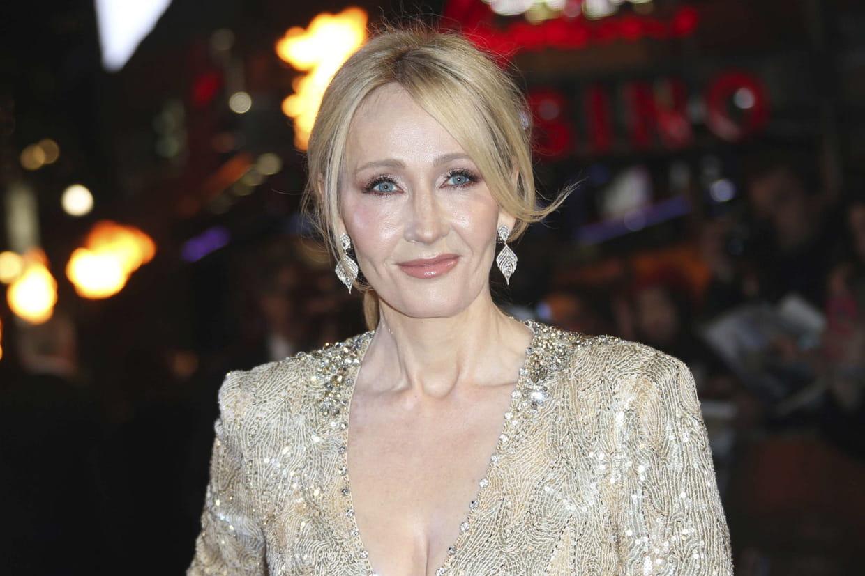 Harry Potter J K Rowling dément la trilogie sur L Enfant Maudit