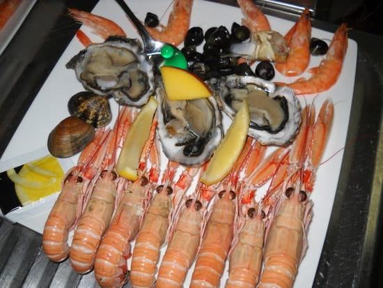 Karibou  - Assiette de fruits de mer -   © Julie