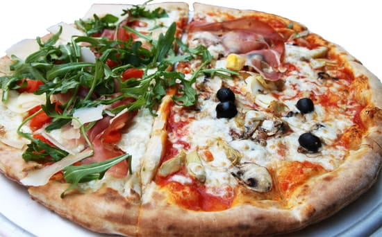 Facefood Pizza  - Pizza Duo (2 en 1) -   © Facefood pizza