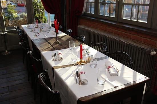 Restaurant : Restaurant du Théâtre  - La salle de notre restaurant à Colmar -   © Le Théâtre