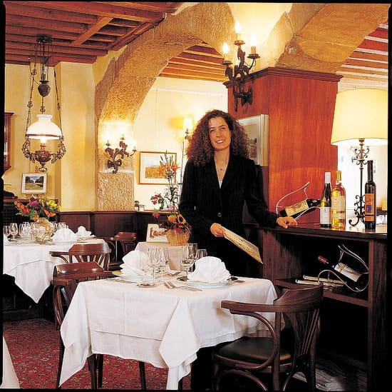 Hôtel de France  - restaurant intérieur -   © eliophot