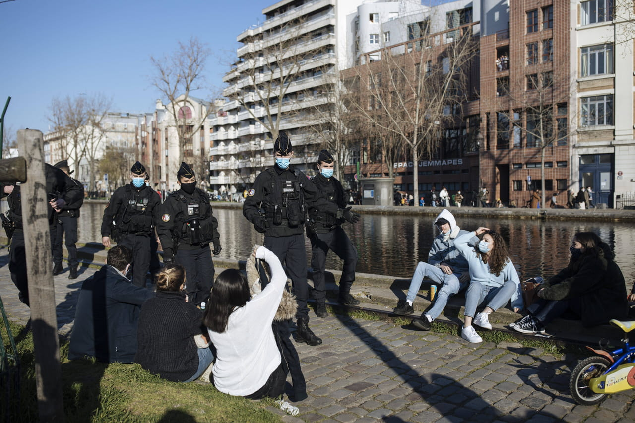 Confinement à Paris et en Ile-de-France: la mesure inévitable dès ce week-end?