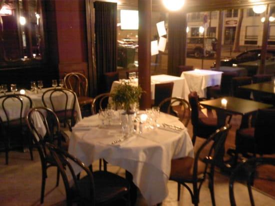 Le Barjot  - la salle de restaurant -