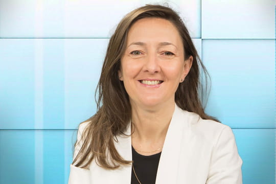 Karine Berger relance lesdébats surlaréforme fiscale etletravail ledimanche