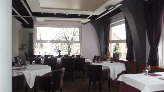 Auberge des Moulins  - salle de restaurant -   © nathalie