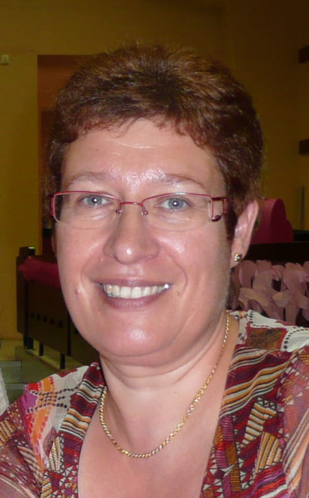 Christine Savary