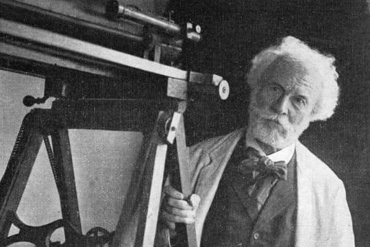"""Camille Flammarion: biographie d'un astronome """"populaire"""""""