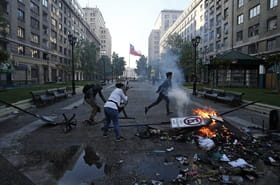 Chili: les images de l'explosion sociale, Santiago et le pays s'embrasent