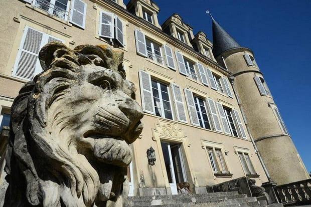 Un château dans le Val de Loire, entièrement restauré