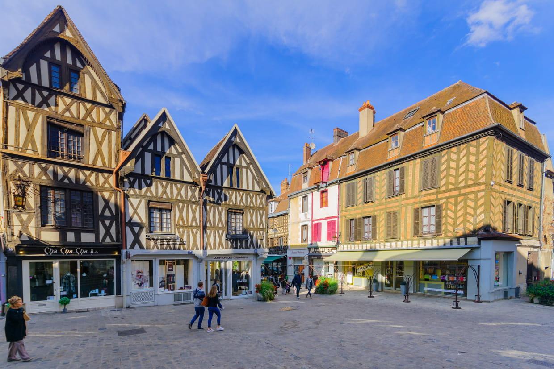 Auxerre x