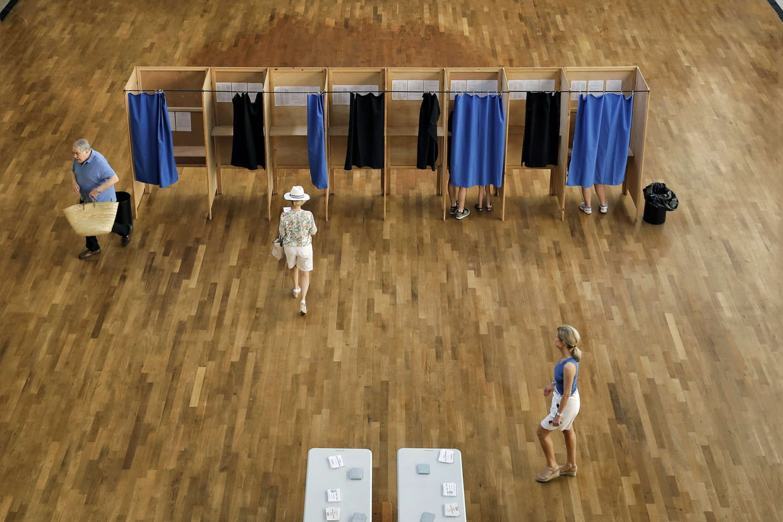 1er tour des élections dimanche 11 juin — Législatives