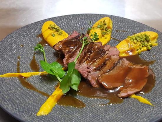 Plat : La Cuisine Du Dimanche  - Magret de Canard, Purée Fine de Carotte et Sauce 12 Epices -   © Moi