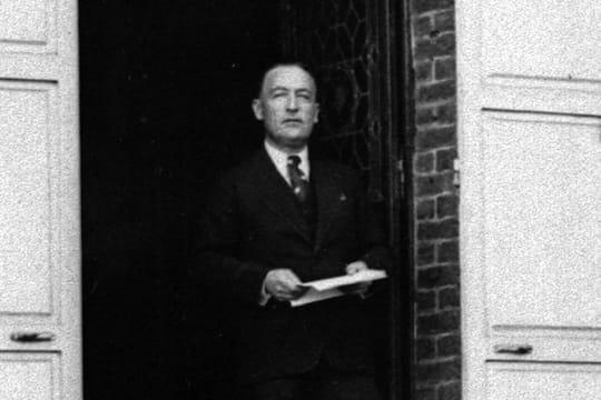 """Jules Romains: biographie de l'écrivain, auteur de """"Knock"""""""