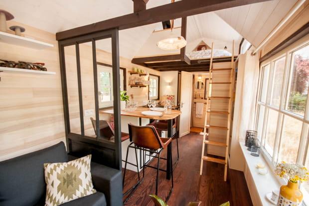 l 39 int rieur de la tiny house boh me. Black Bedroom Furniture Sets. Home Design Ideas