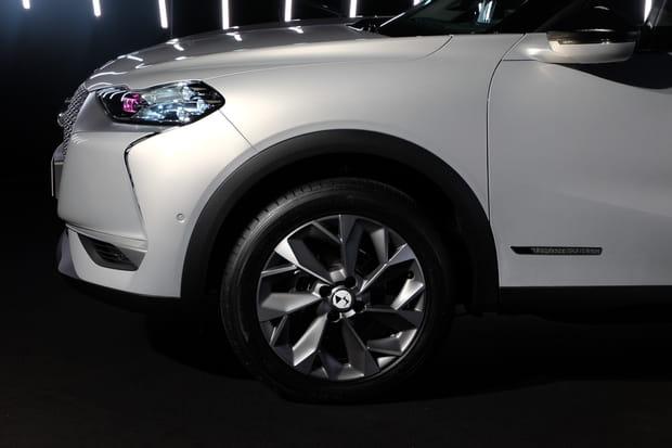 Mini SUV, grandes roues