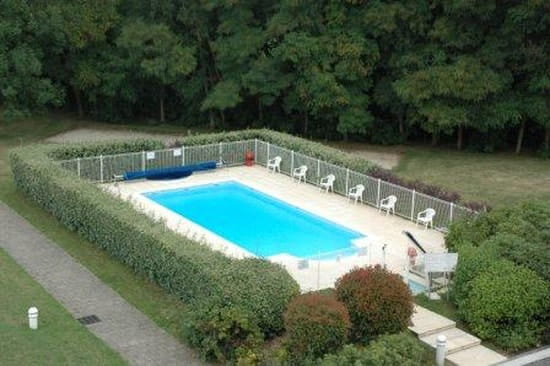 Le Clos Saint Georges  - la piscine -   © Golf Hôtel