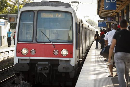 Grève RATP: les perturbations de trafic des RER A et RER B en direct