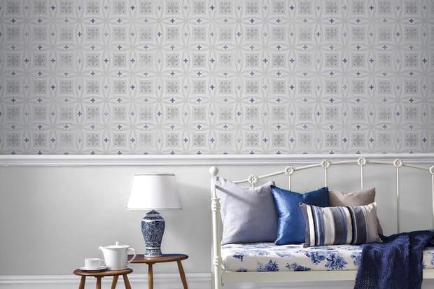 Sur les murs avec un papier peint intiss - Papier peint carreaux de ciment 4 murs ...