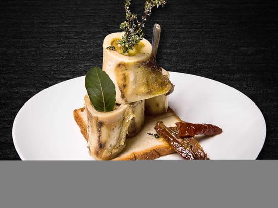 Entrée : Le Tir Bouchon Montorgueil  - Os à moelle à la Fleur de sel et au Thym -   © Copyright*