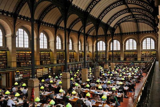 La bibliothèque Sainte-Geneviève à Paris