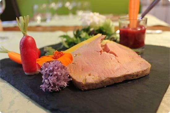 Le Vert mi Sel  -  Terrine de foie gras maison; chutney de fraise infusé au poivre long.. -   © Magicpainters