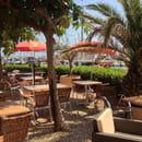 Restaurant : La Baleine Bleue  - La terrasse face au port -