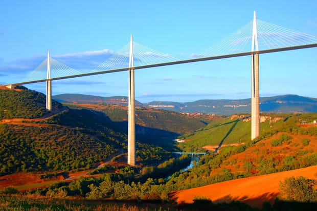 17e: Viaduc de Millau, aire du Viaduc, Millau