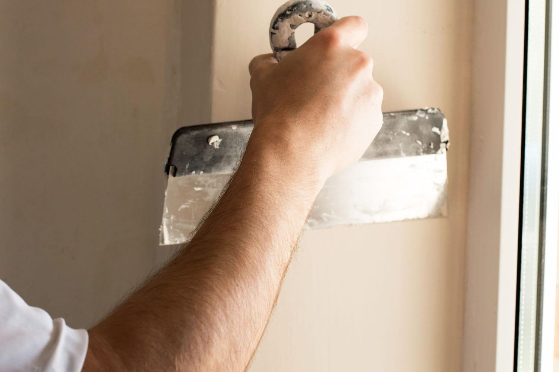 Réparer l'angle d'un mur