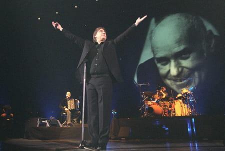 Serge Lama lors de son concert à Bercy
